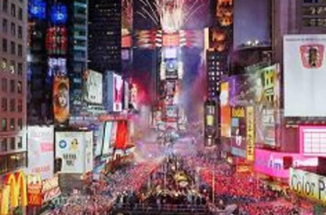 new-year-s-eve-times-square-ball-drop-party-in-new-york-city