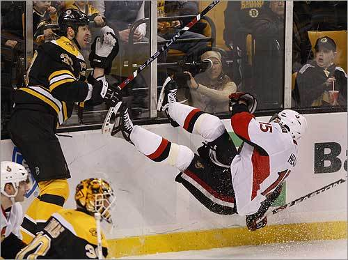 Heatley decked by Zdeno Chara