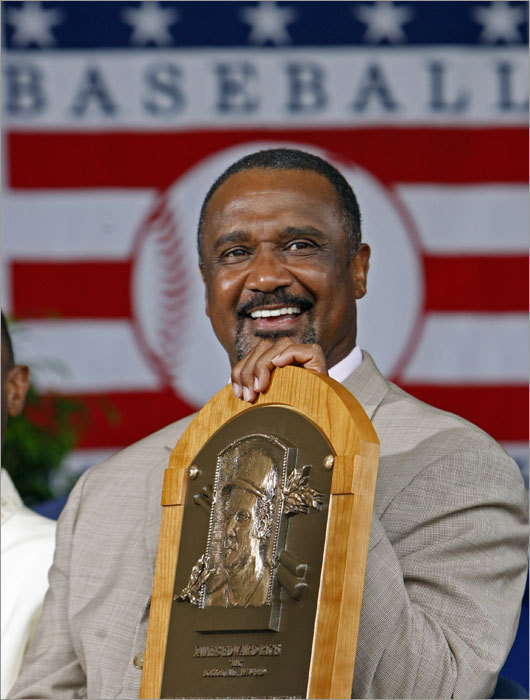 Rice posed with his Hall of Fame plaque.