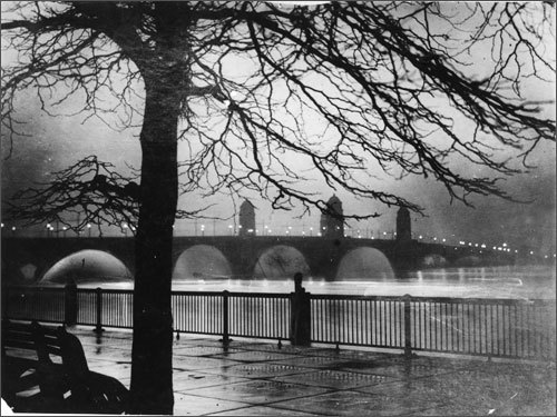 A shot of the Longfellow Bridge on a foggy night in January, 1919.