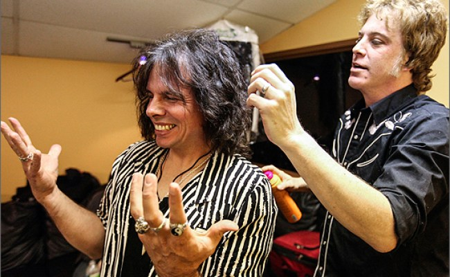 A Look At Neill Byrnes Steven Tyler Impersonator And His