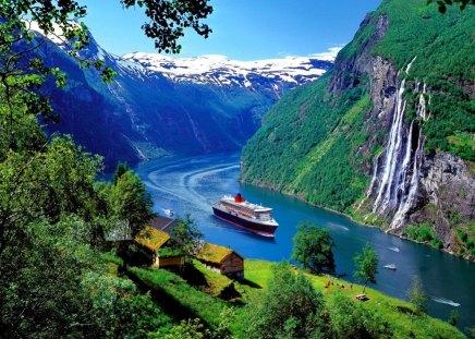 Free Fall Waterfall Desktop Wallpaper Norwegian Cruise Mountains Amp Nature Background