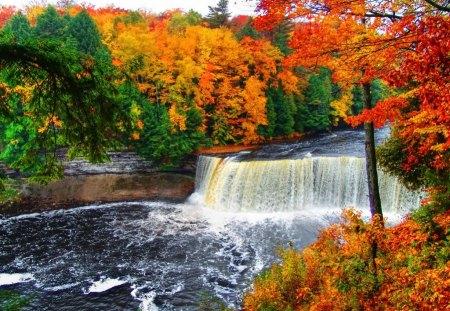 Michigan Fall Colors Wallpaper Tahquamenon Falls Waterfalls Amp Nature Background