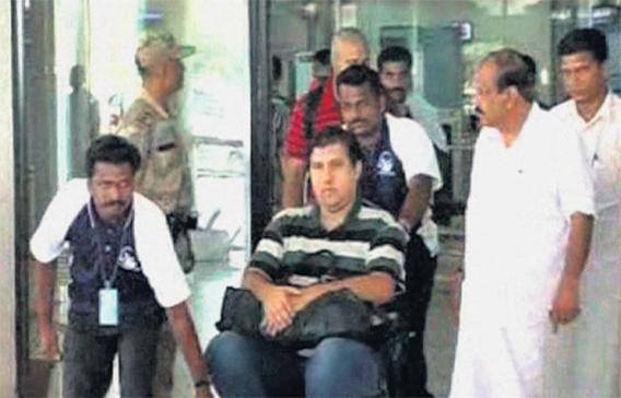 wheelchair emirates desk chair gas lift plane incident injures 20 passengers emirates24 7