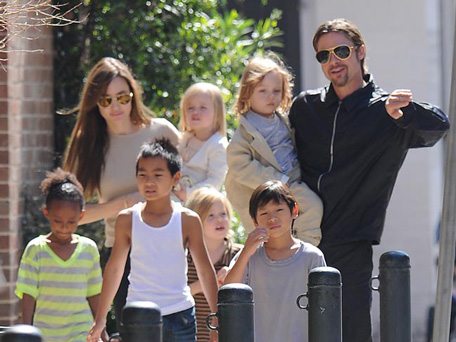 Angelina Jolie wont remove her ovaries now plans to have
