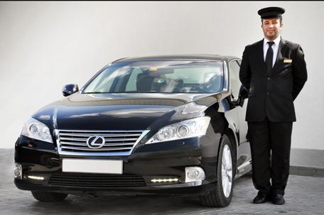 Dubai Taxi launches Limo service for tourists  Emirates247