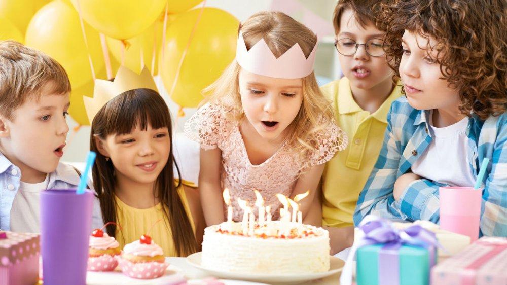 Jeux anniversaire enfant  des activits en intrieur et en extrieur pour petits et grands