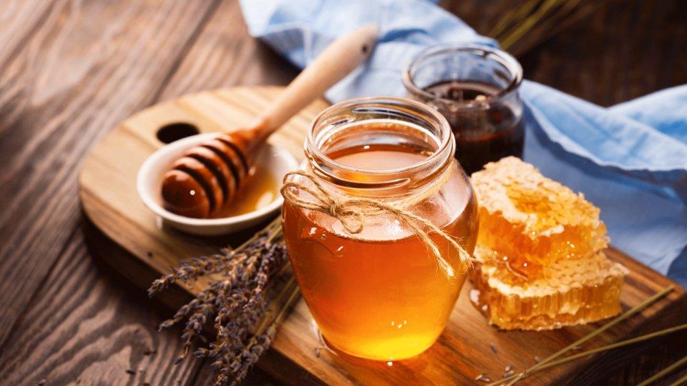 le miel decrypte quand en donner ou