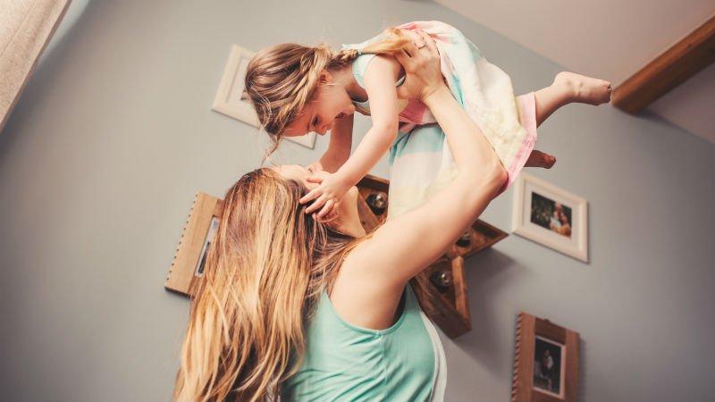 Une jeune maman adresse un touchant message  la bellemre de sa fille  Magicmamancom