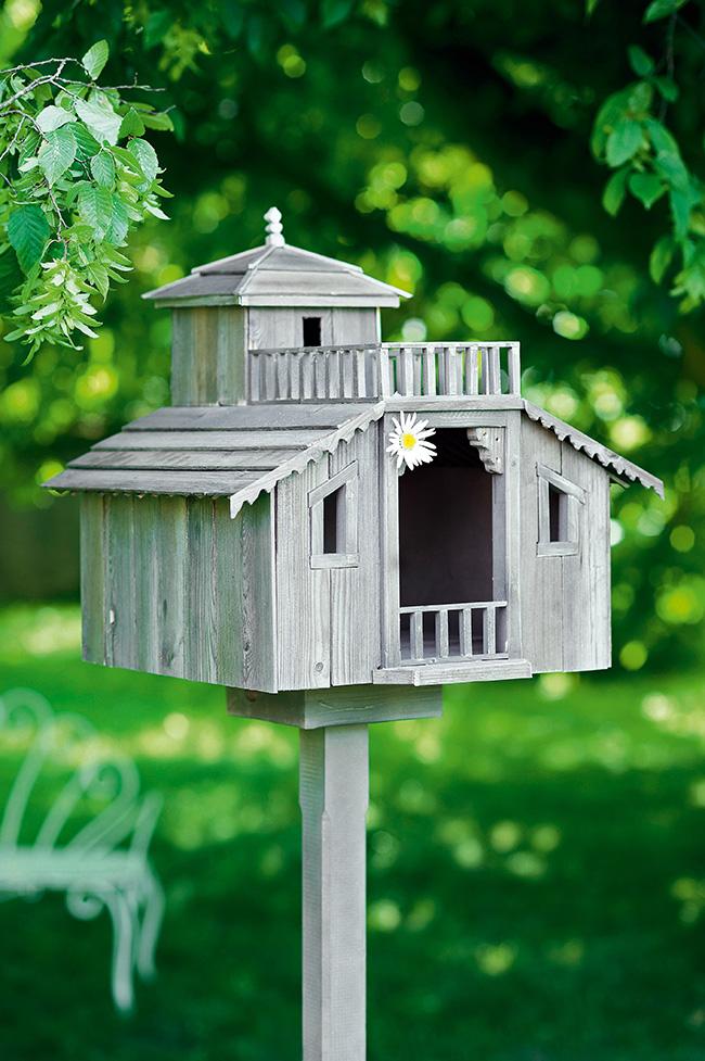 DIY jardin construire une cabane  oiseaux  Marie Claire