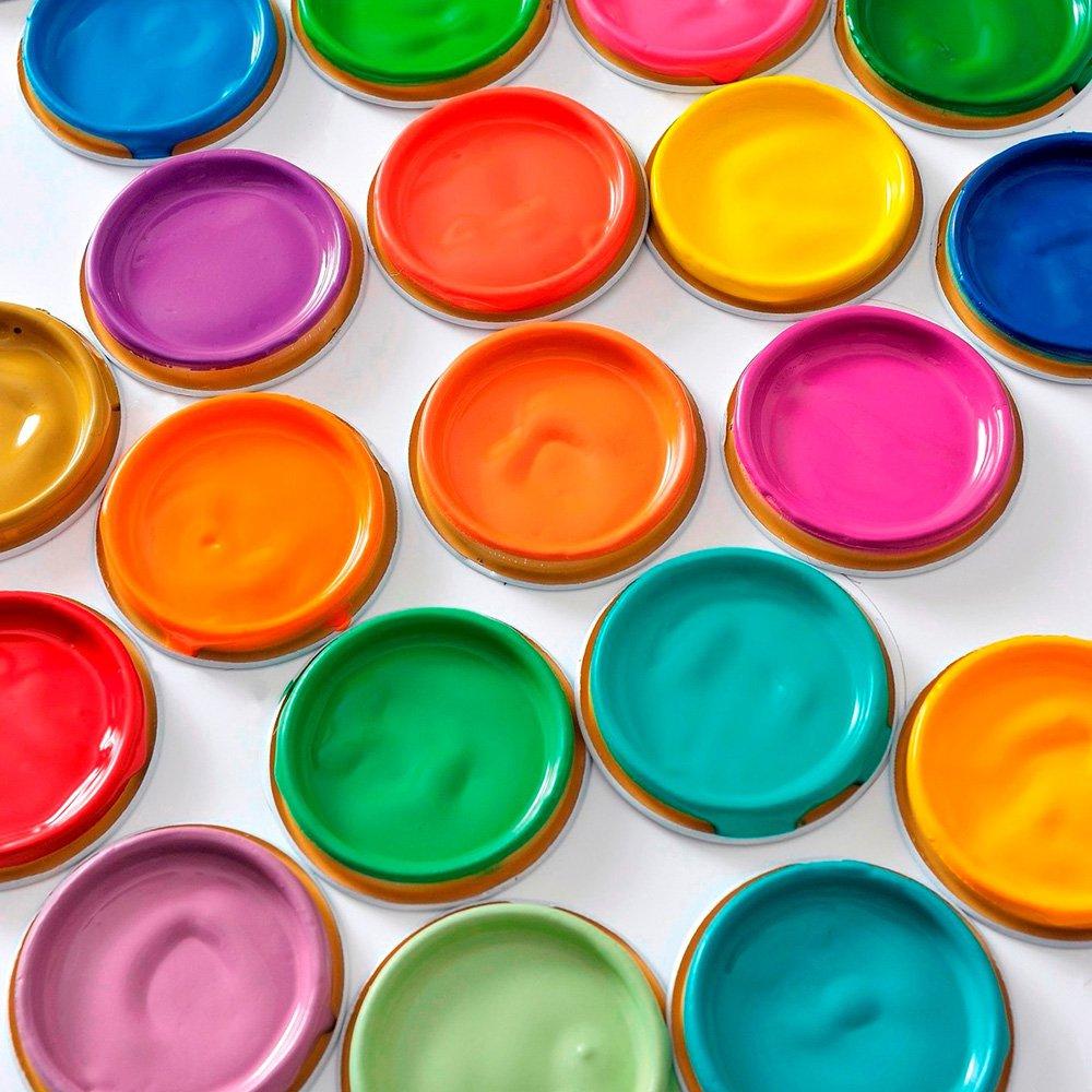 ressource specialiste de la couleur profite de la belle saison pour mettre en avant 16 jolies peintures acidulees specialement pensees pour l ete