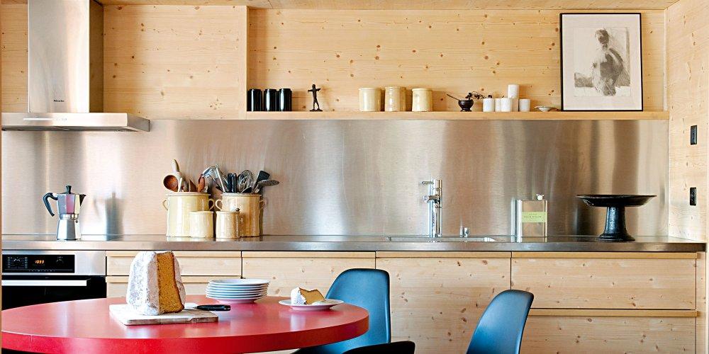 8 cuisines en bois en clair pour copier le style chalet de montagne  Marie Claire