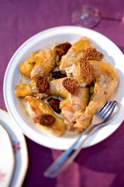 Poulet Au Vin Jaune Et Morilles : poulet, jaune, morilles, Recette, Poulet, Jaune, Morilles, Traditionnel, Marie, Claire