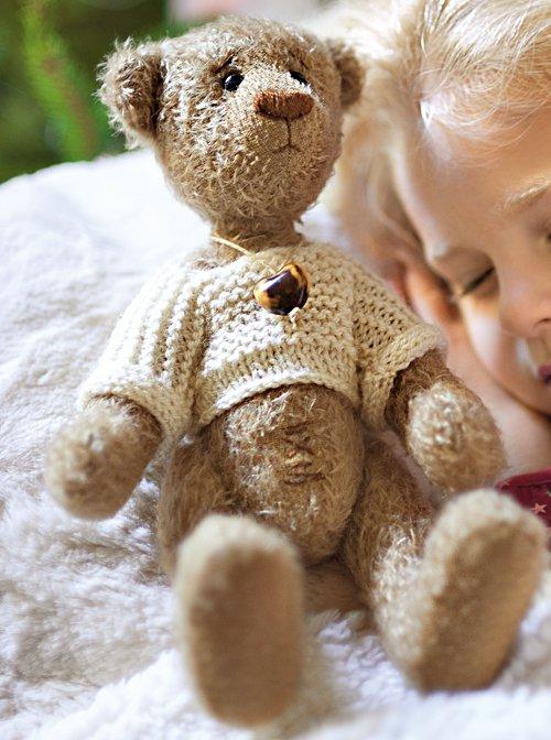 Un ours en peluche cousu main  Marie Claire