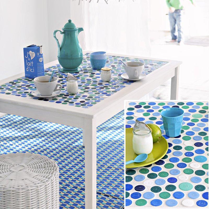 table mosaique bouchons plastique