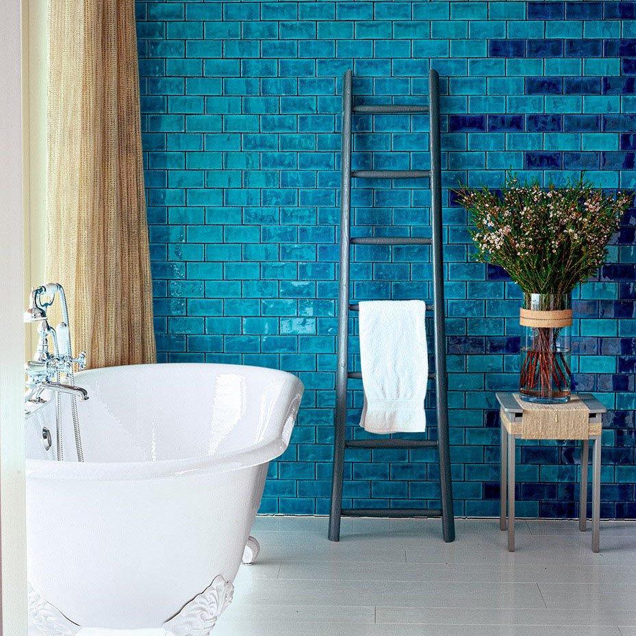 Salle de bains bleue design  toutes nos inspirations design  Marie Claire