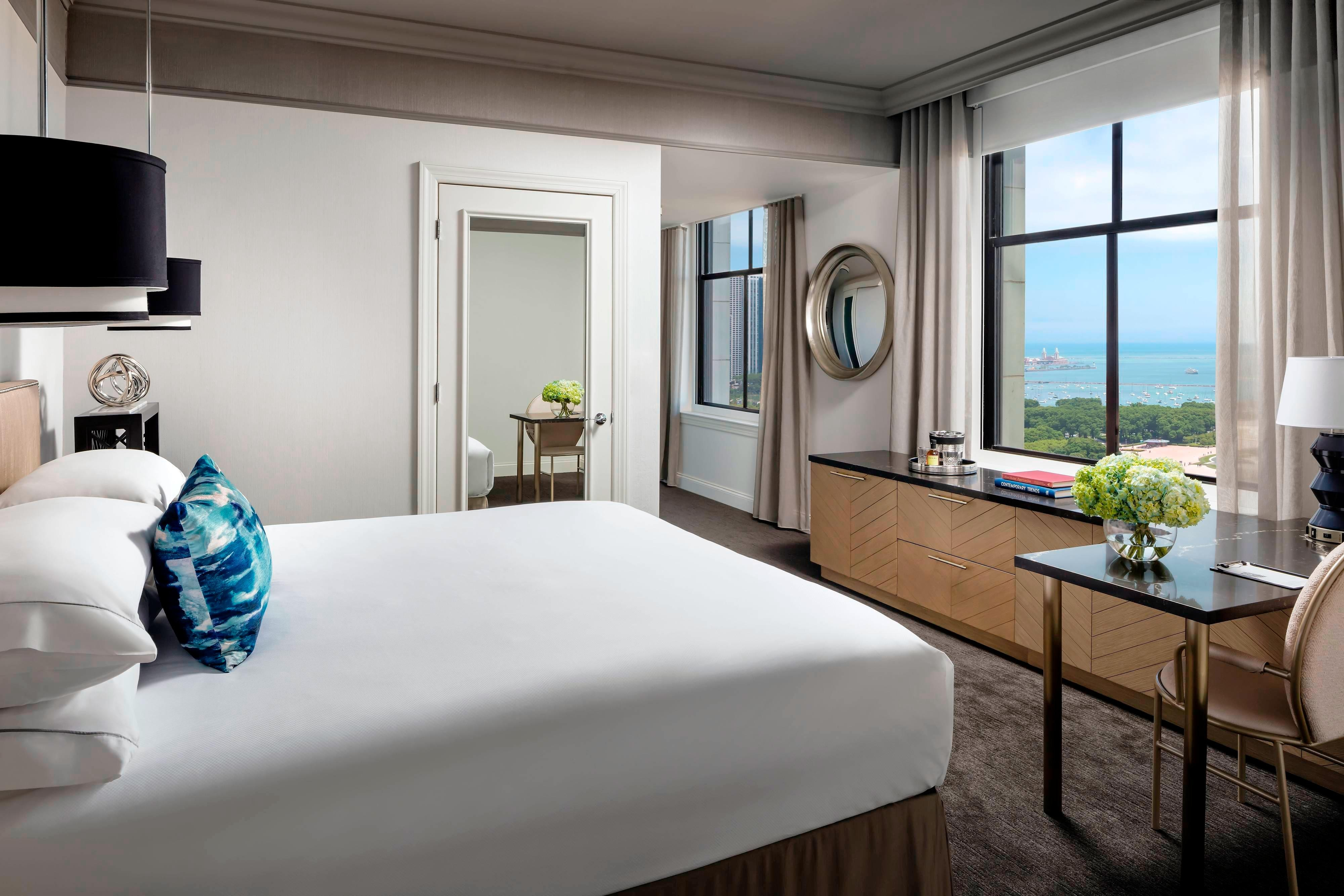 Book Stay In Artfully Curated Chicago Hotel Rooms