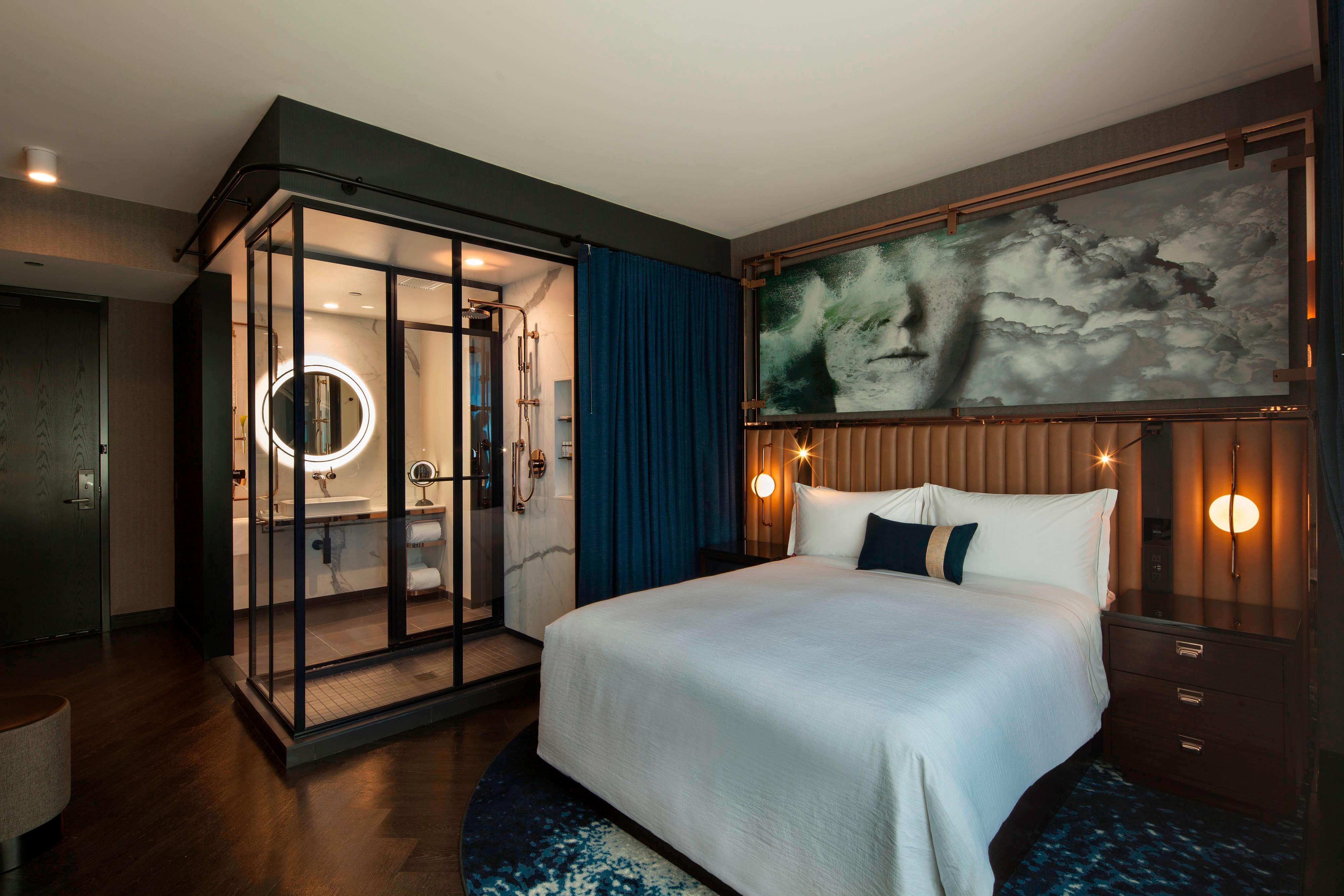 Hotels in Streeterville Chicago | Hotel EMC2, Autograph ...