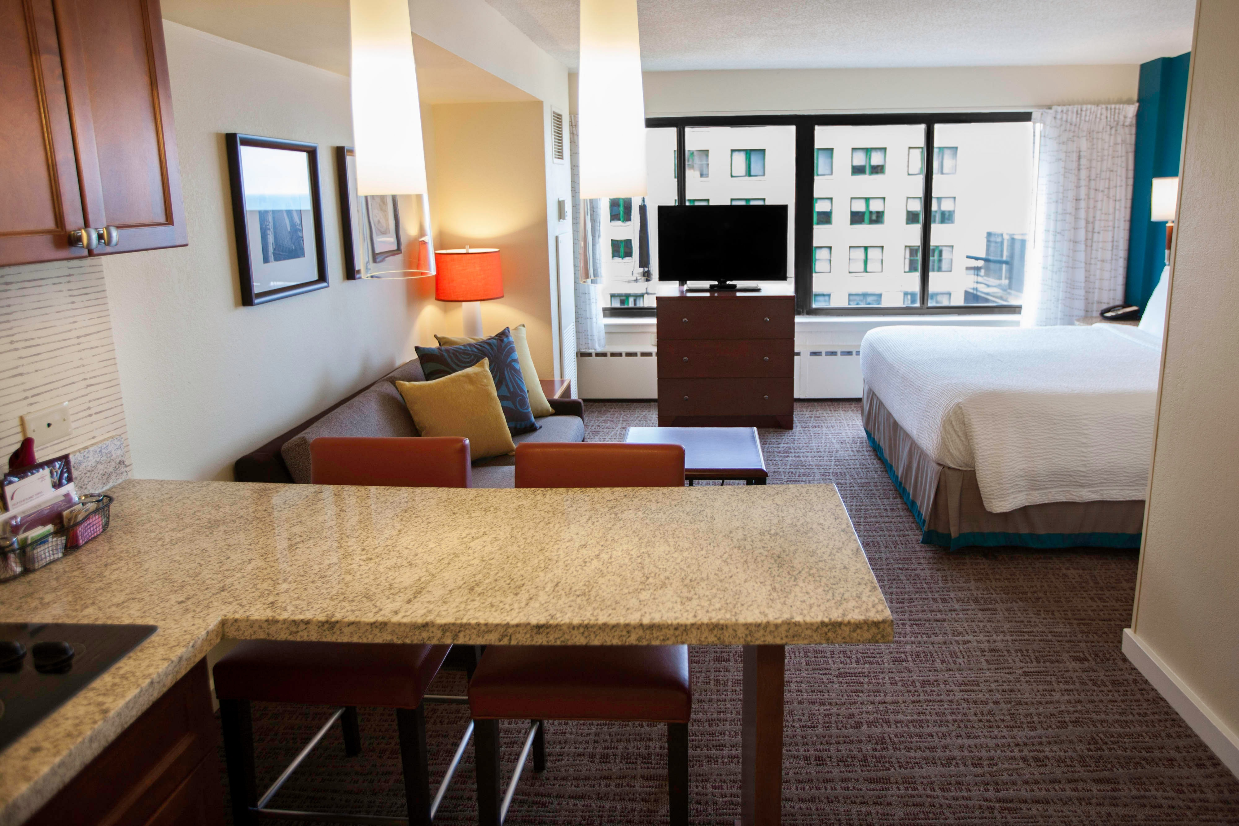 Hotel Suites Magnificent Mile Chicago Residence Inn Downtown