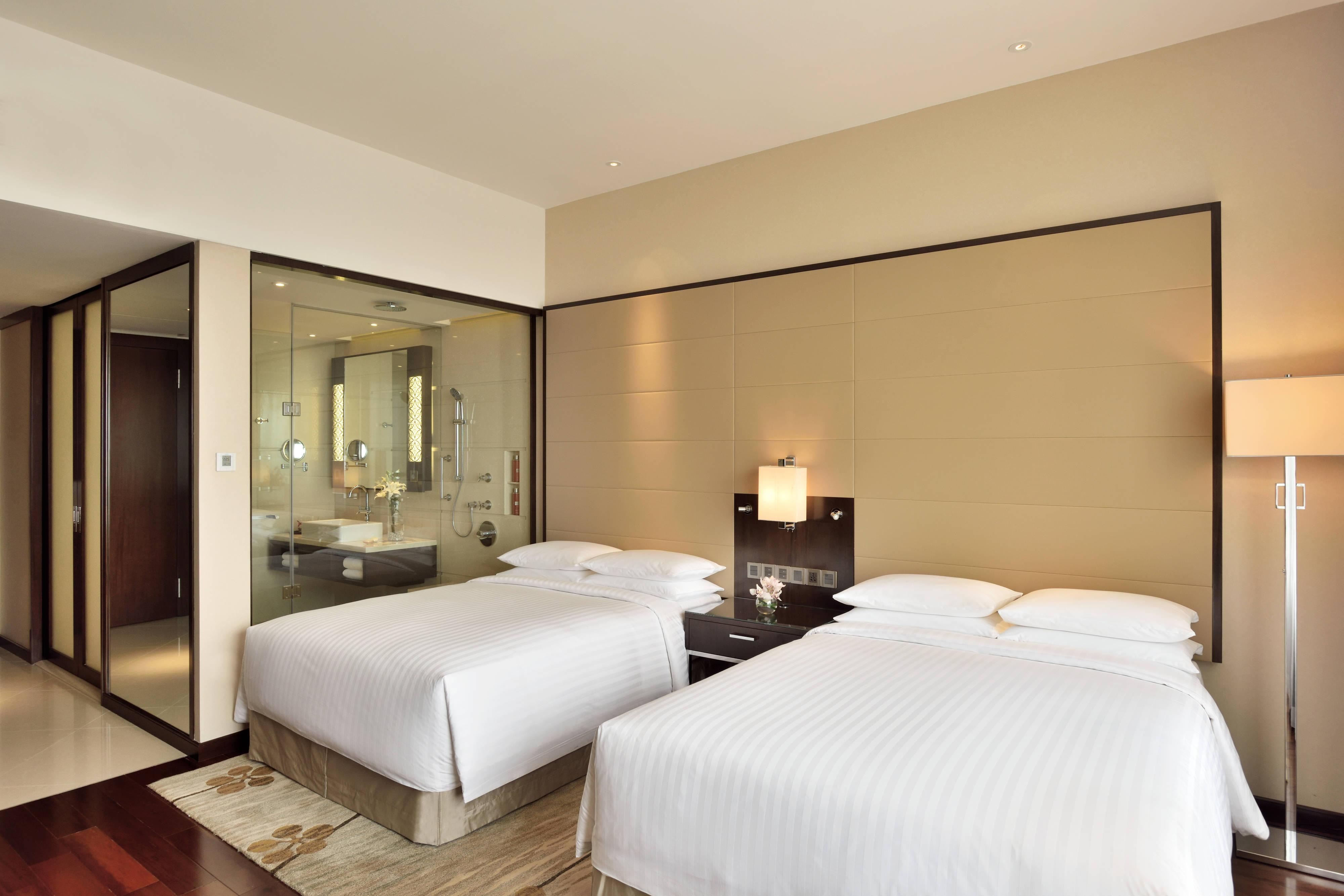 5-star Luxury Hotel In Kochi India Marriott