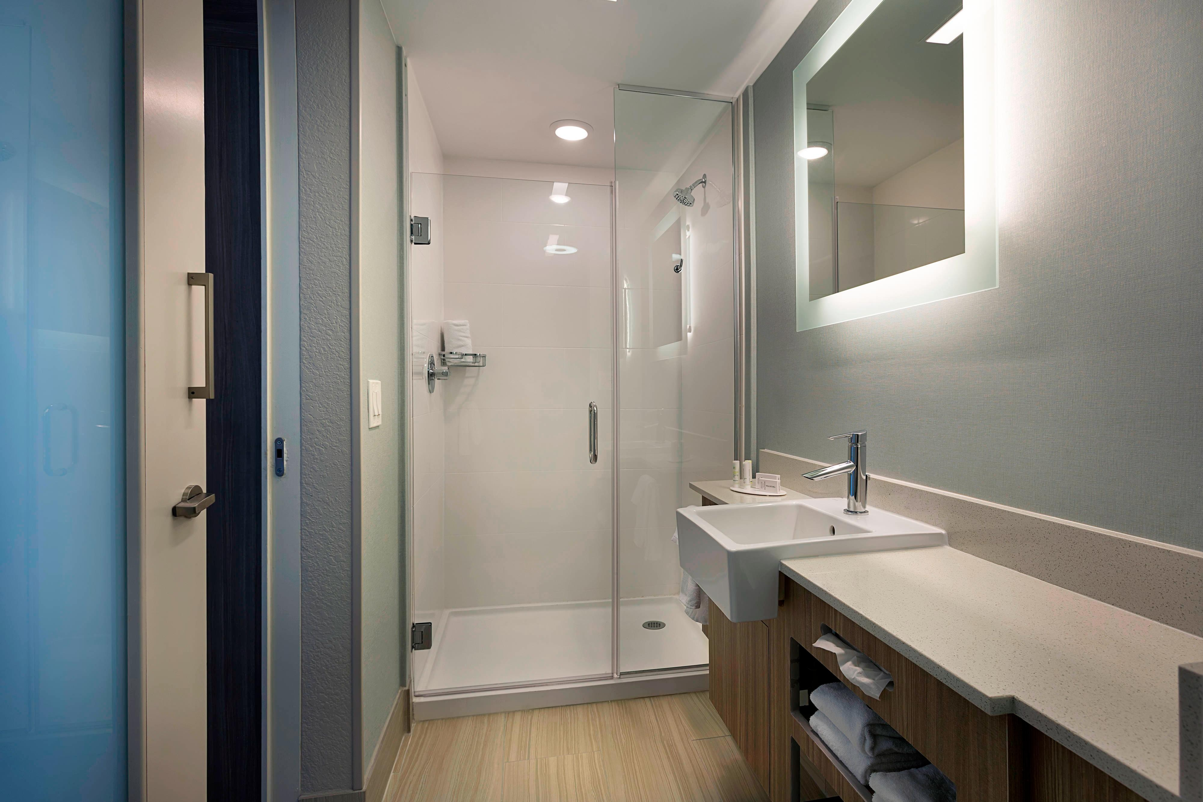 Hotel Rooms  Amenities  SpringHill Suites New Smyrna Beach