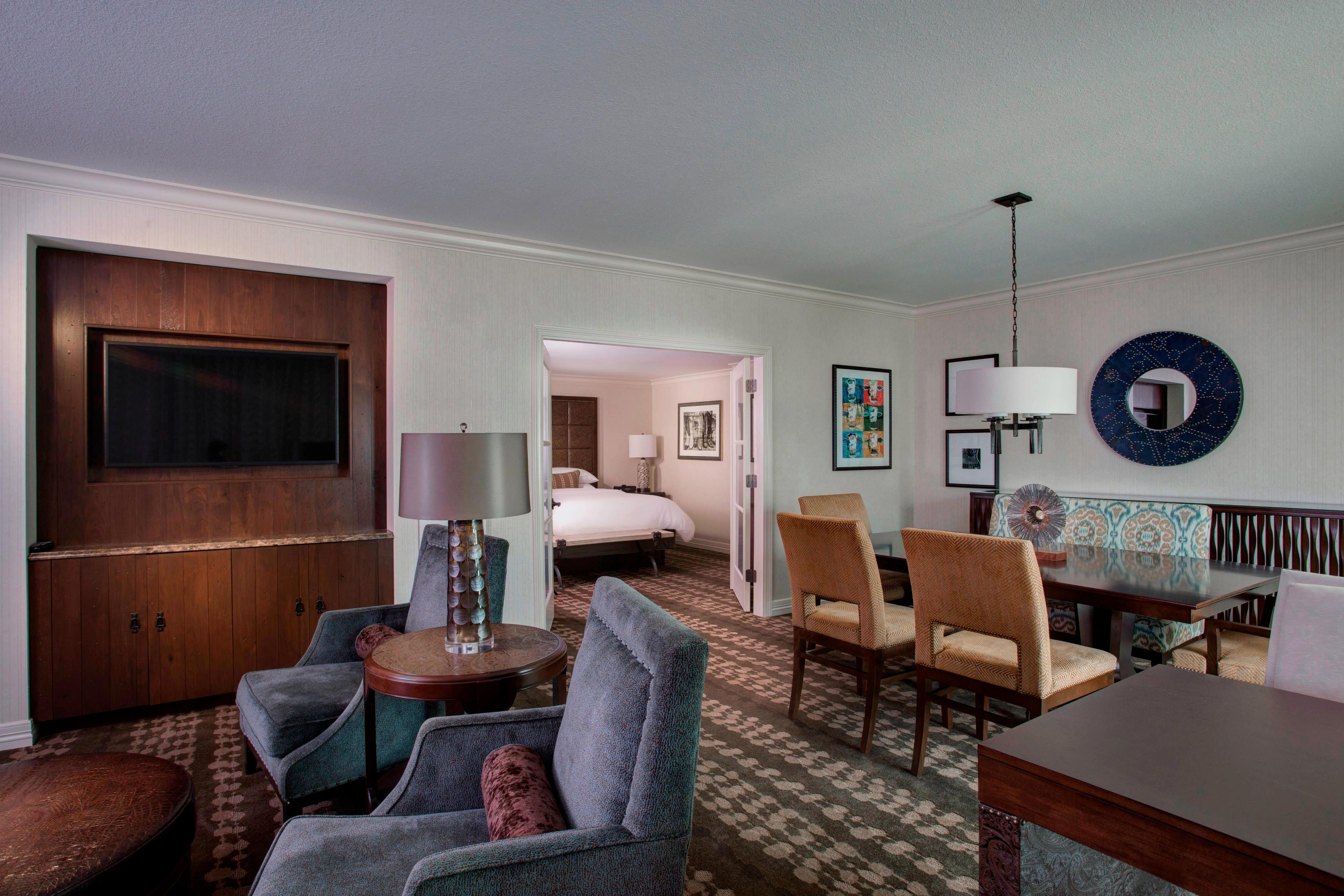 Grapevine Hotel Rooms And Suites Gaylord Texan Resort