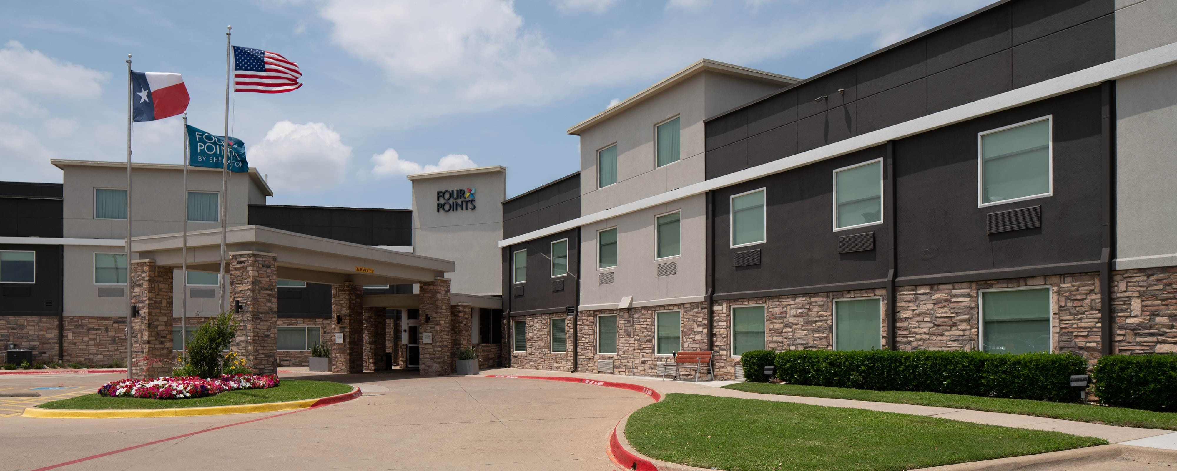 Hotels In Arlington Tx Four Points By Sheraton Dallas