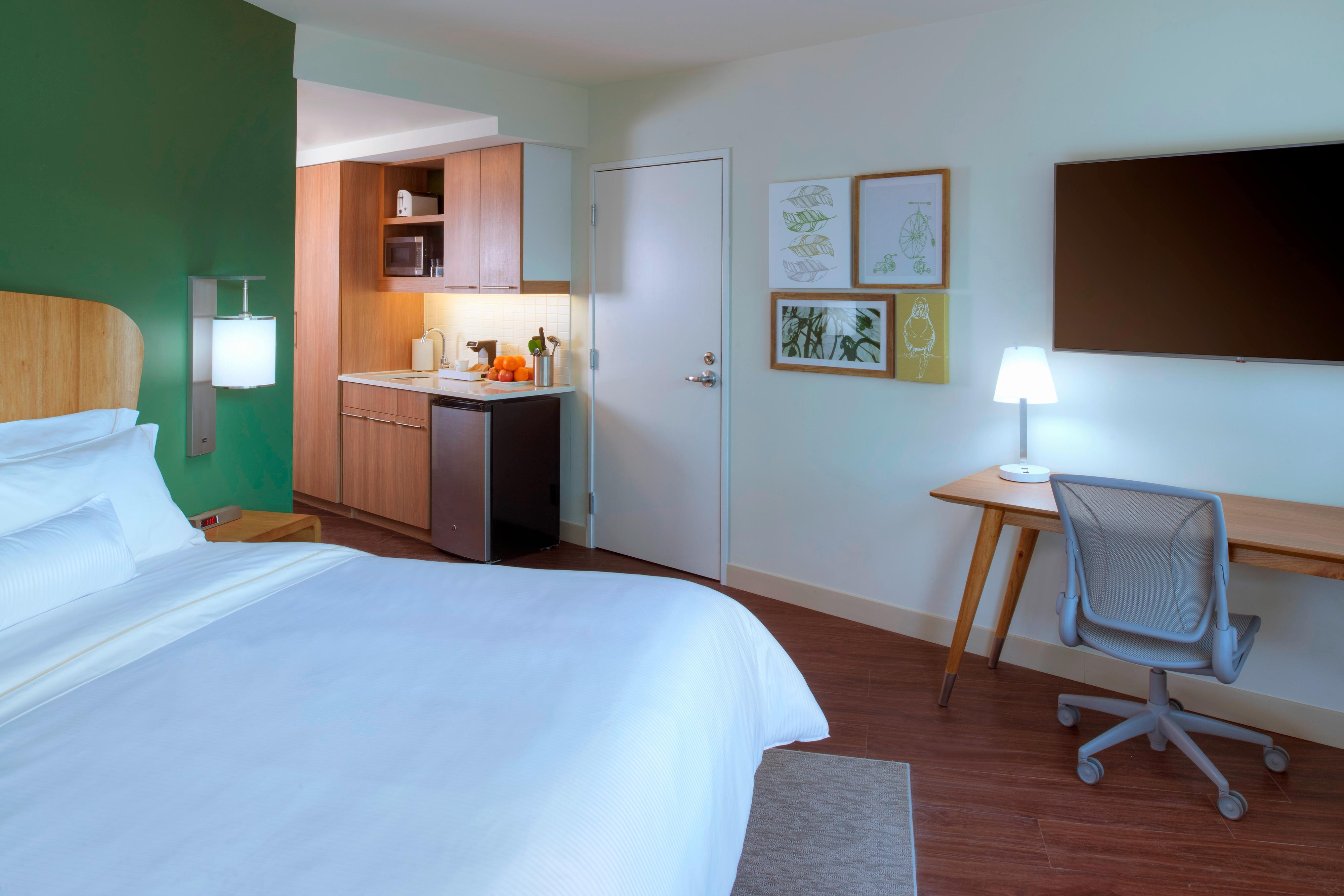 Extended-stay Hotel In Detroit Element