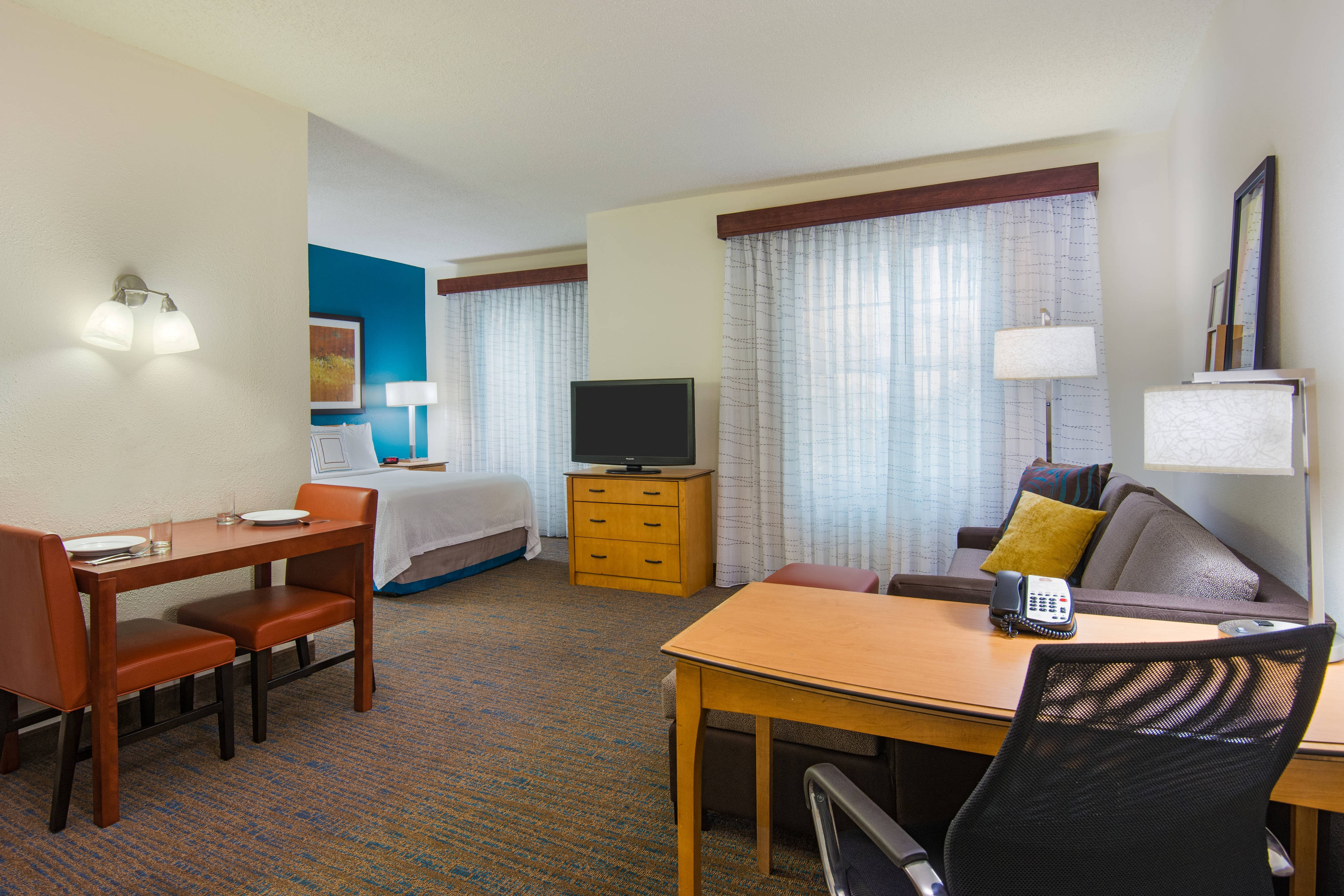 hotels with kitchens in rooms unfinished kitchen cabinet doors extended stay ft lauderdale | fort suites