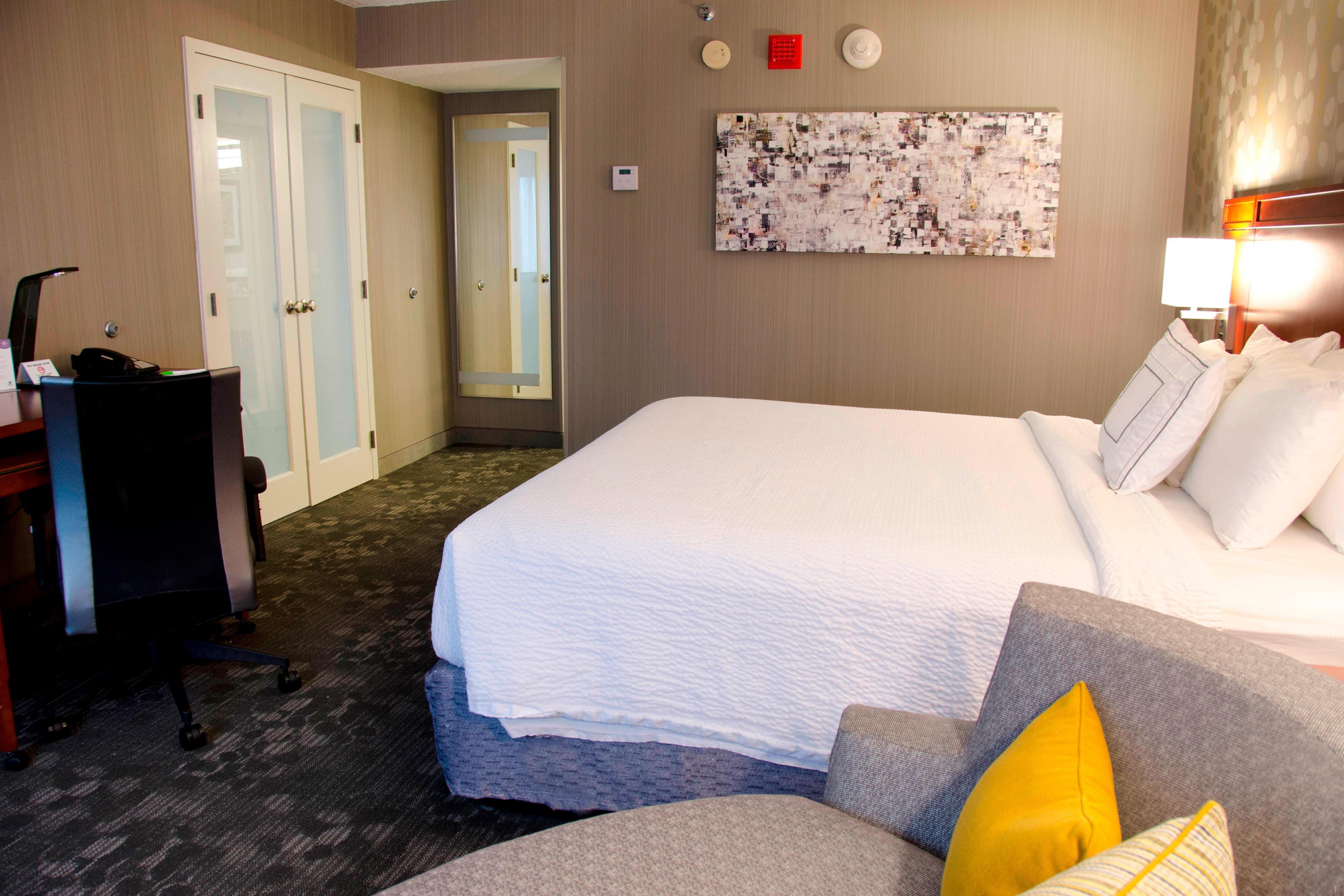 Waterbury Marriott Rooms  Suites  Courtyard by Marriott