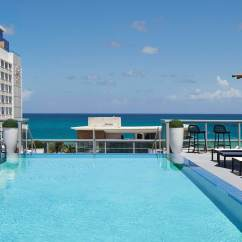 Hotels In Miami With Kitchen Pictures Of Countertops Beach On Collins Avenue Ac Hotel Modern Rooftop Pool