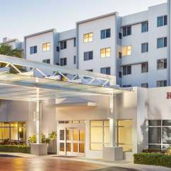 Hotels In Miami With Kitchen Nook Lighting Hotel Suites Kitchens Fl Residence Inn