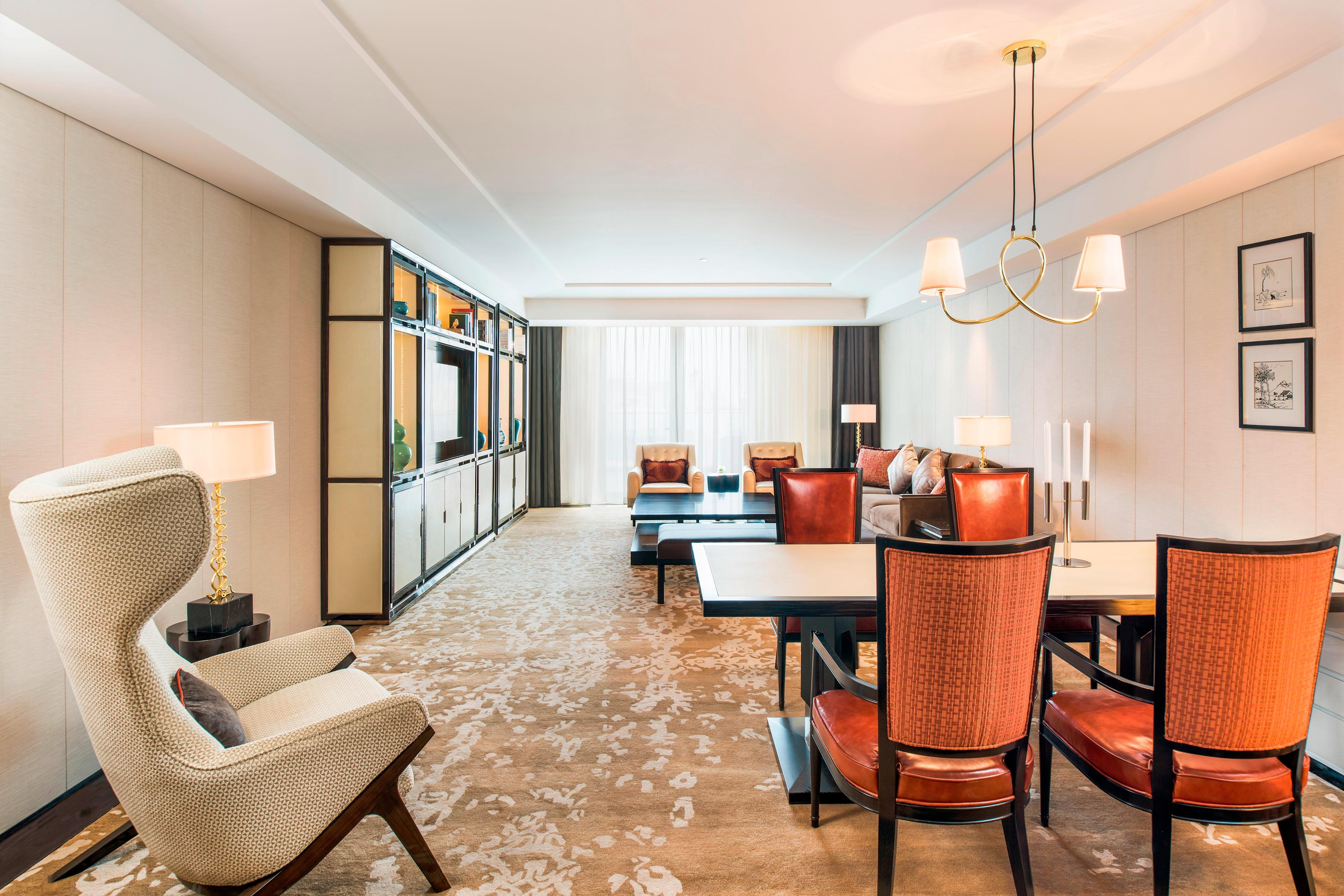 Hotel Rooms & Amenities Grand Mansion Luxury