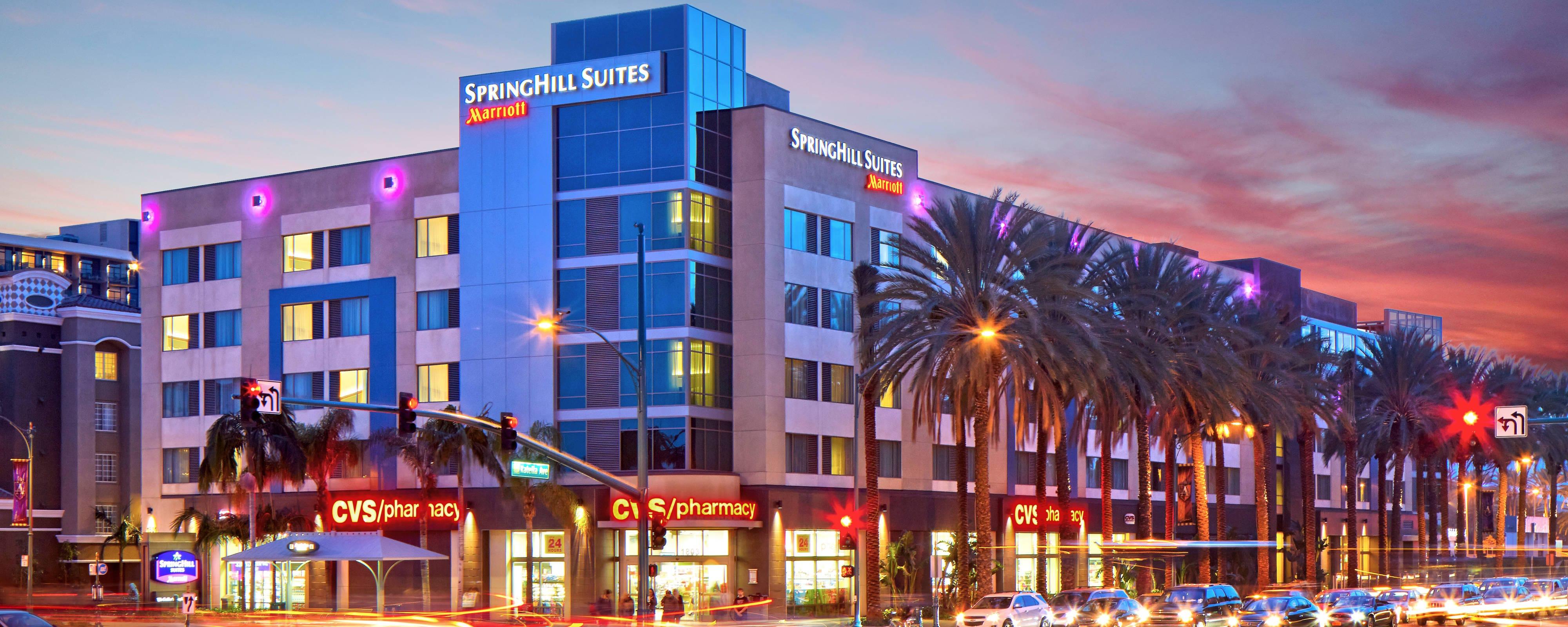 anaheim hotels with kitchen near disneyland clocks for sale springhill resort convention center hotel exterior sunset