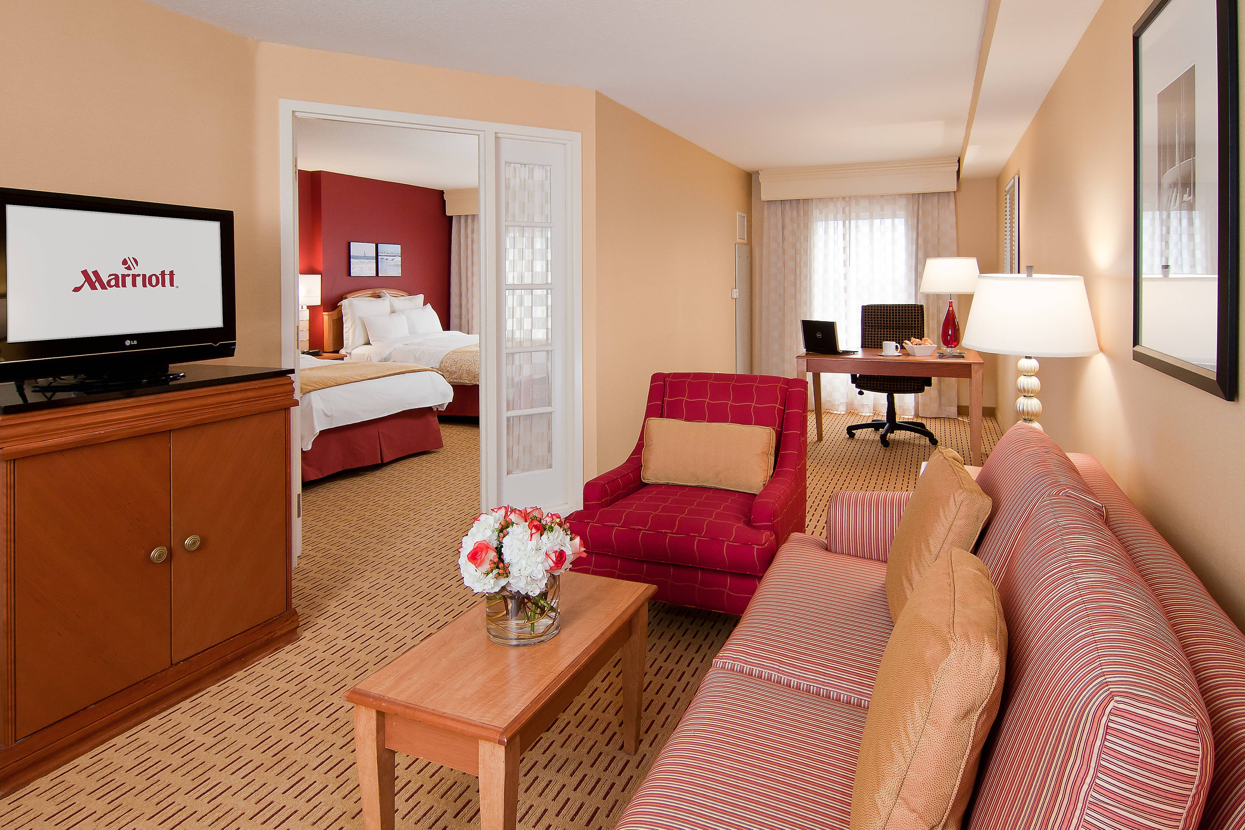 child sleeper sofa high quality low cost anaheim hotel | marriott suites guest room ...
