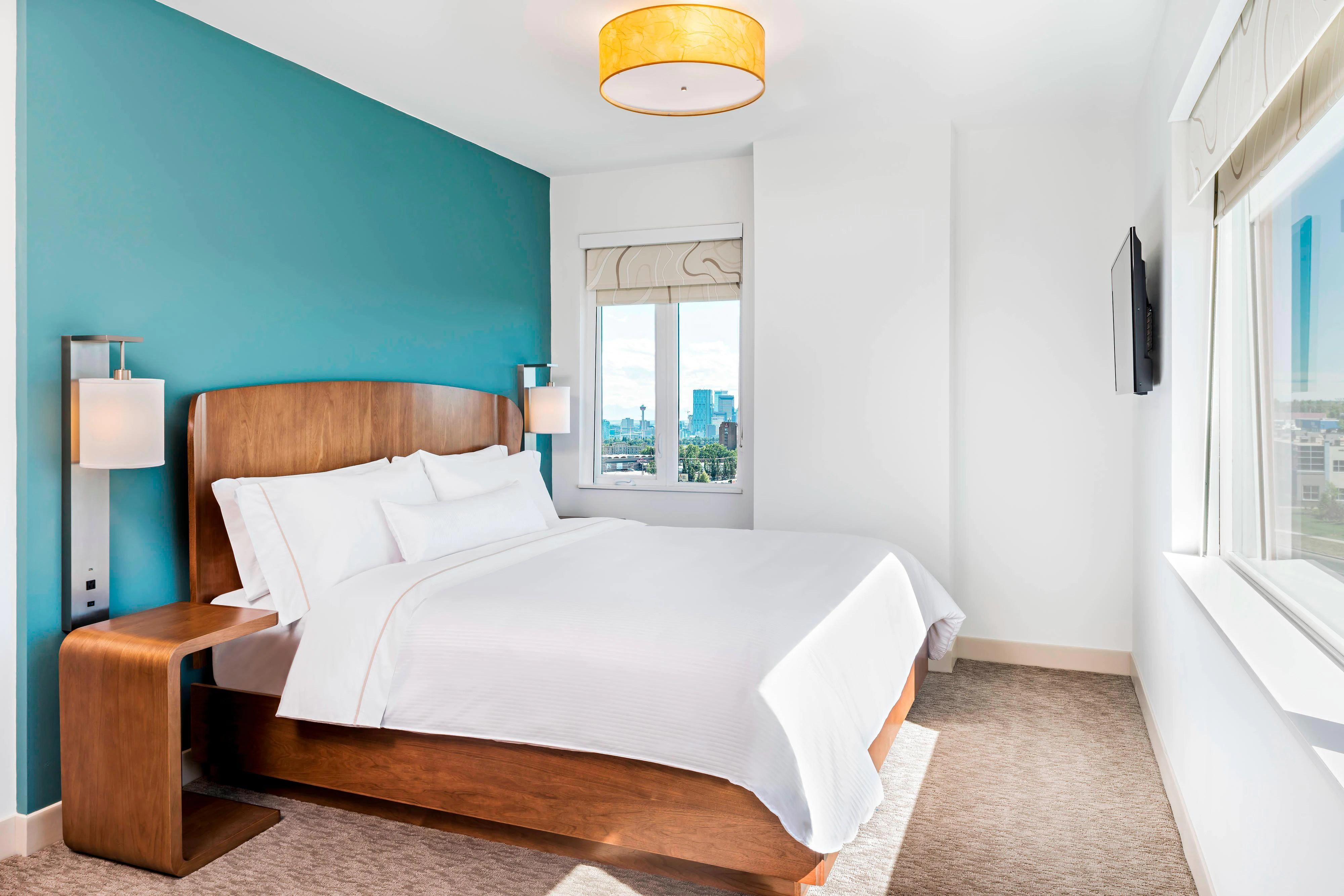 Element Calgary Airport Hotel Amenities Room