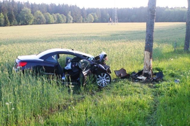 POL-AC: 21-Jährige bei Unfall verletzt