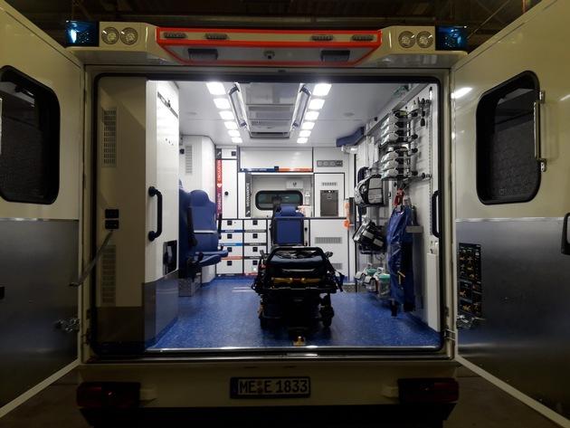 FW-Erkrath: Sonder-Rettungswagen der Feuerwehr Erkrath nimmt seinen Dienst auf