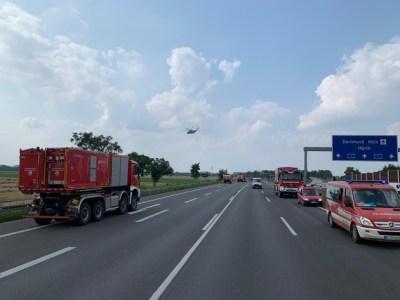 FW-GL: Wasserförderzug NRW der Feuerwehr Bergisch Gladbach weiterhin im Einsatz