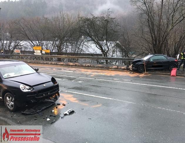 Verkehrsunfall mit drei Leichtverletzten am Freitagnachmittag in Plettenberg