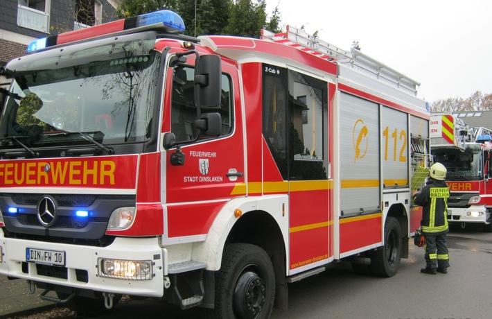 FW Dinslaken Zimmerbrand in Oberlohberg  Presseportal