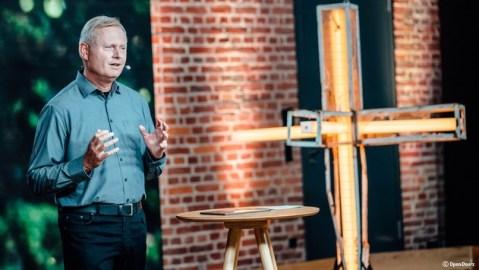 """""""Erweckung"""": Der Open Doors Tag 2021 am 15. Mai auf Bibel TV / Der Open Doors Tag widmet sich dem Schicksal verfolgter Christen / in aller Welt und zeigt, wie Gott inmitten der Not Mut schenken kann"""