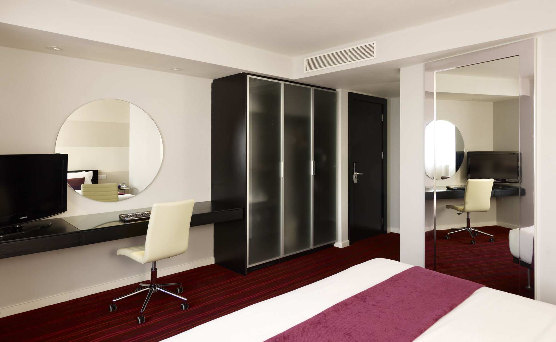 Leeds Accommodation  Park Plaza Leeds  Rooms