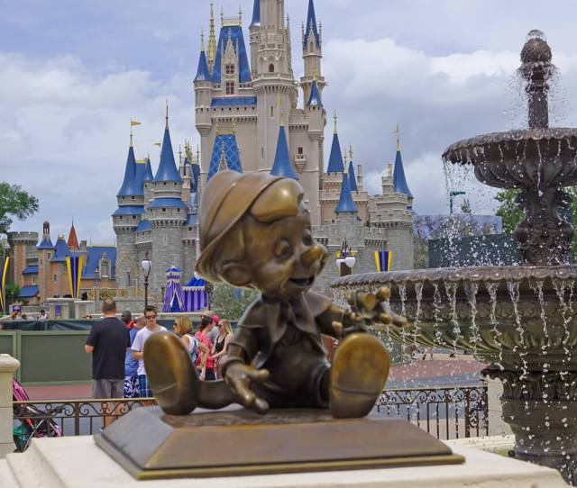 Disney Disability Card Pinnochio At Cinderella Castle