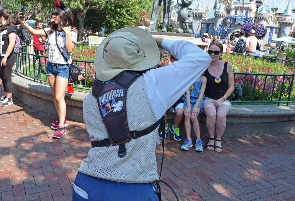 How To Use Disneyland Photopass To Make Magical Memories
