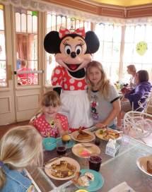 Find Breakfast Disneyland Parks