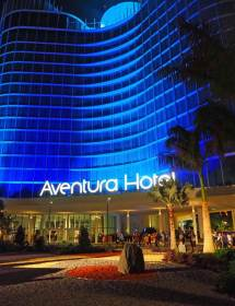 Universal' Aventura Hotel Affordable Theme Park Luxe