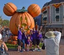 Disneyland Halloween Calendar 2018