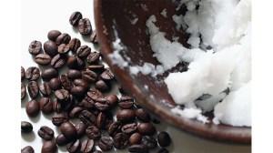 Утайка от кафе и кокосово масло за бронзов загар