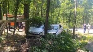 Тежка катастрофа на пътя Приморско-Созопол, трима ранени (актуализирана, снимка)